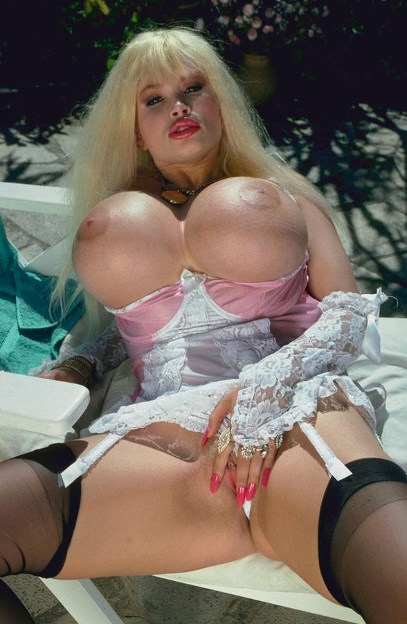 Смотреть порно с лолай ферари онлайн 24 фотография
